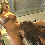 Bigtit blonde lesbo gets her pussy licked and rides a dildo