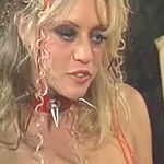 Sindee gets off with hot blonde