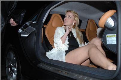 Britney Spears upskirt photos
