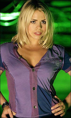 Billie Piper is hot and I hope Dr Who fucked her silly